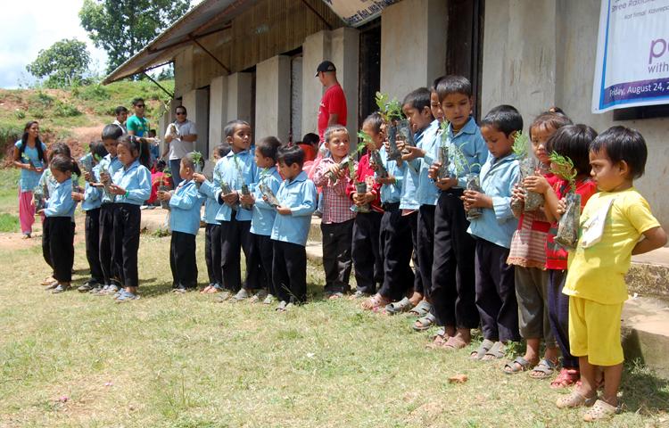 2_Students of Shree Kalika Primary School with the tree plants
