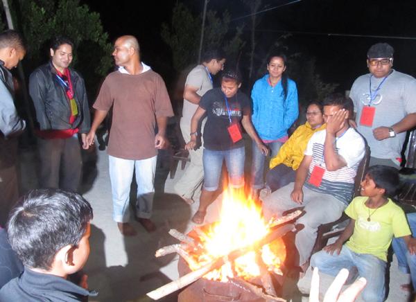 2_Camp fire