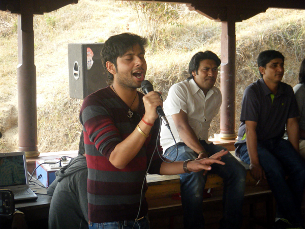 4_Sachin singing a song